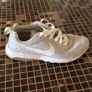 Nike Women's Air Max Motion